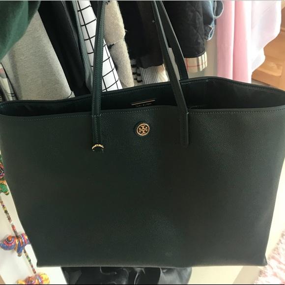 bb7cd427bb7 Tory Burch Dark Green Tote Bag. M 5ada557a9a9455d0165d4783